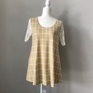 LuLaRoe Gold White Perfect T Top NWOT Small